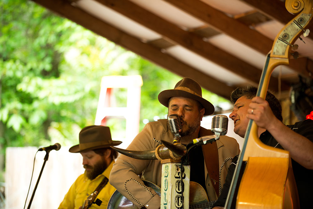 The-Moonshiners-Ball-2016-Peter-McDermott-copyright-protected- (17)