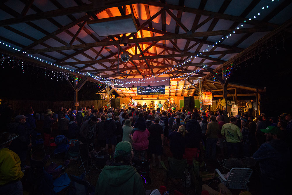 The-Moonshiners-Ball-2016-Peter-McDermott-copyright-protected- (56)