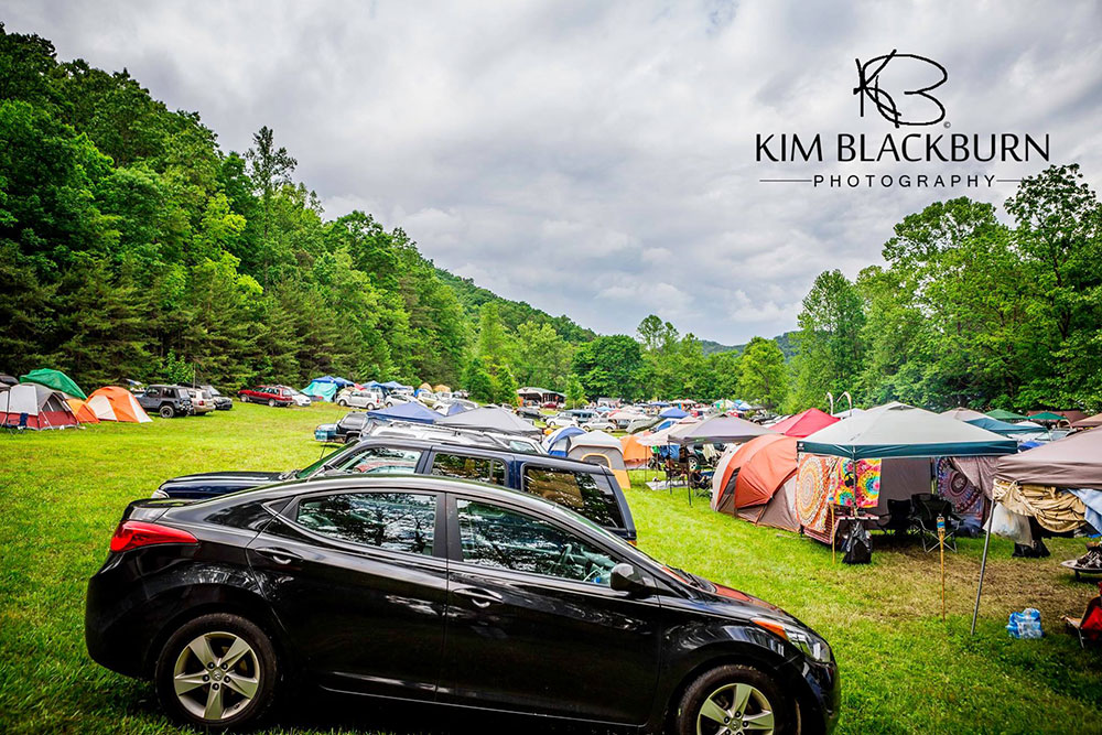 campground-The-Moonshiners-Ball-2016-Kim-Blackburn-copyright-protected